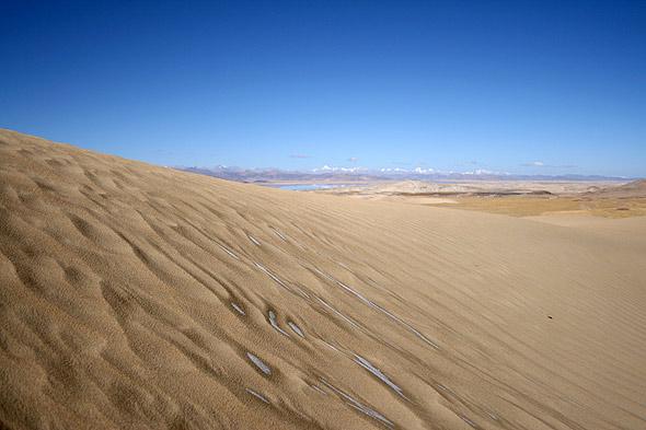 Песчаные барханы на Тибете