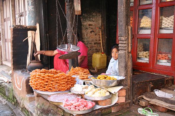 Сладости Непала