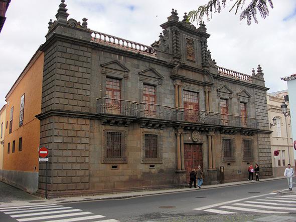 Сан-Кристобаль-де-Ла-Лагуна - San Cristobal de La Laguna, Тенерифе, Канарские острова