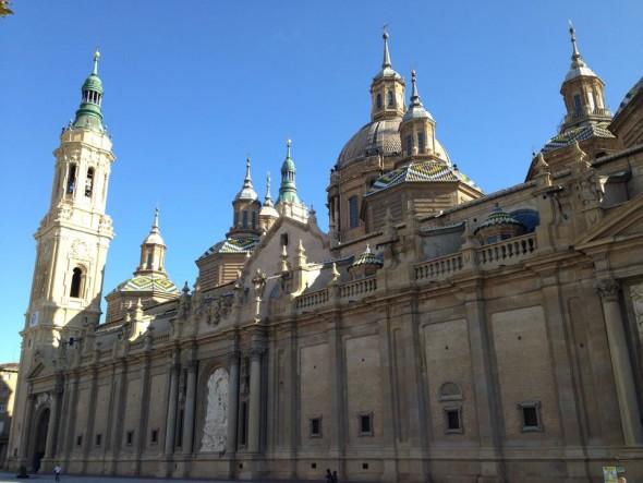 Базилика-де-Нуэстра-Сеньора-дель-Пилар (Nuestra Señora del Pilar Basilica), Сарагоса