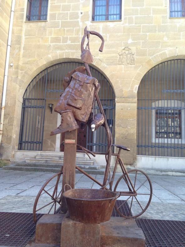 Велосипед пилигрима в Санто-Доминго-де-ла-Кальсада