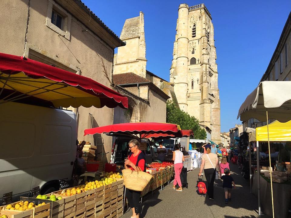 Рынок в Лектуре
