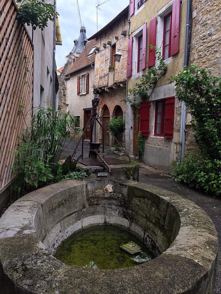 Город Кажар, Франция