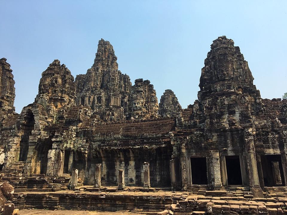 Храм Bayon