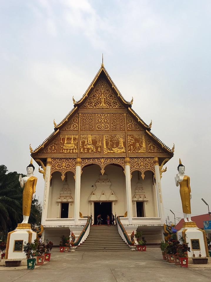 Храм возле ступы Тхат Луанг, Вьентьян