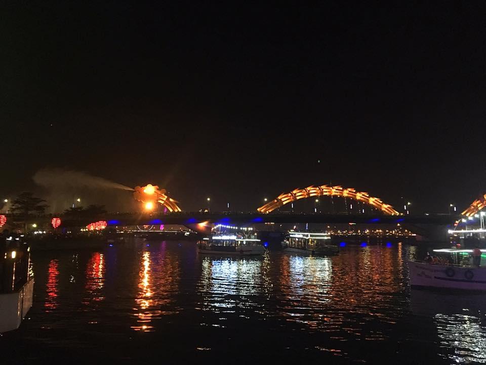 Дракон изрыгающий воду. Мост Дракона, Дананг