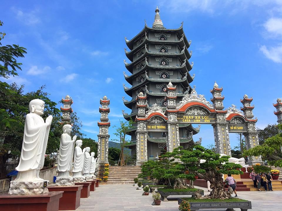 Храм Linh Ung, Дананг