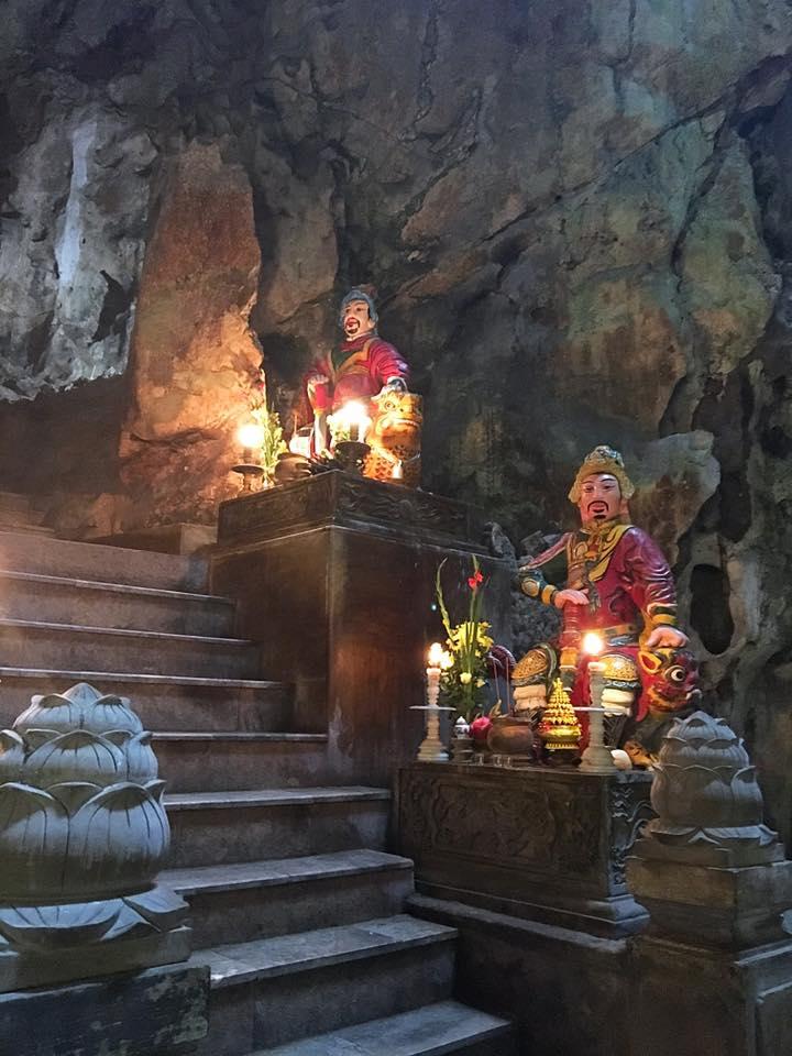 Пещерный храм. Мраморные горы, Дананг