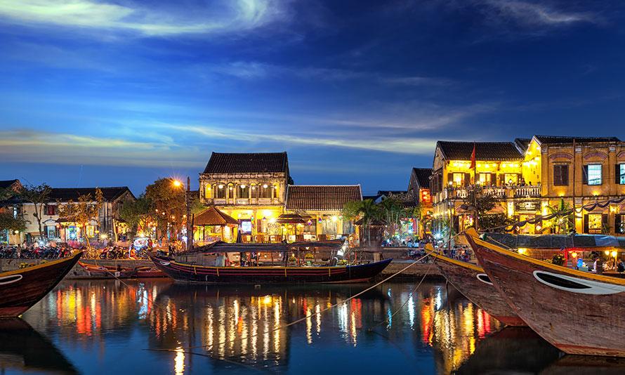 Ночной Хойан (Hoi An), Вьетнам