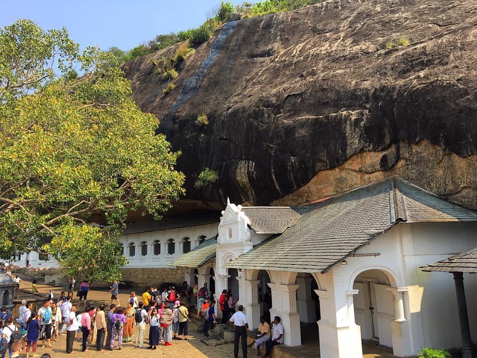 Пещерный храм в Дамбулле (Dambulla Cave Temple)