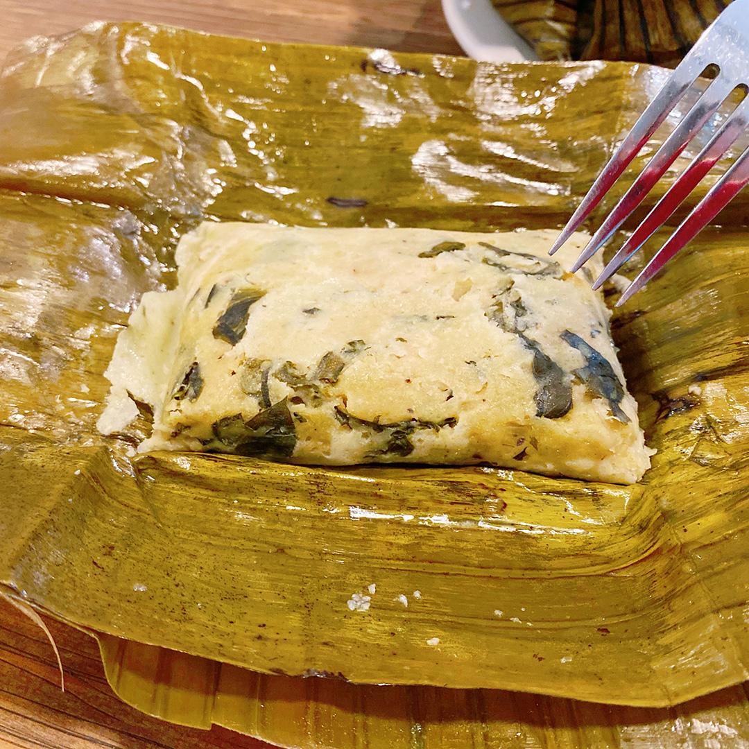 Тамалес со шпинатом