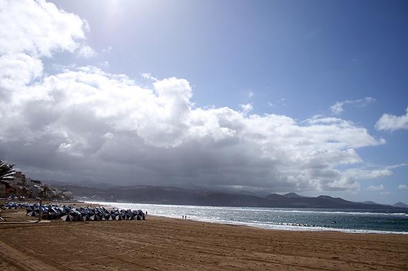Песчаный пляж Лас Кантерас, Гран Канария